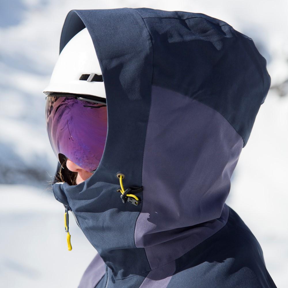 65d5466d Bergans Oppdal Insulated Lady Jacket | SportsDeal
