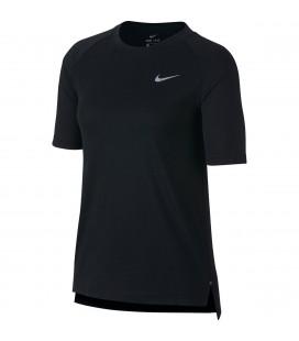 T-skjorter, Topper og Pique Nike Tailwind Short Sleeve Tee Dame 890190
